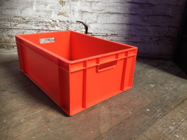 red medium sized box with handles